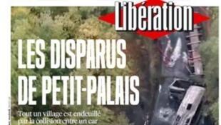 """""""Os mortos de Petit Palais"""", diz manchete do jornal Libération que chegou às bancas neste sábado (24)."""