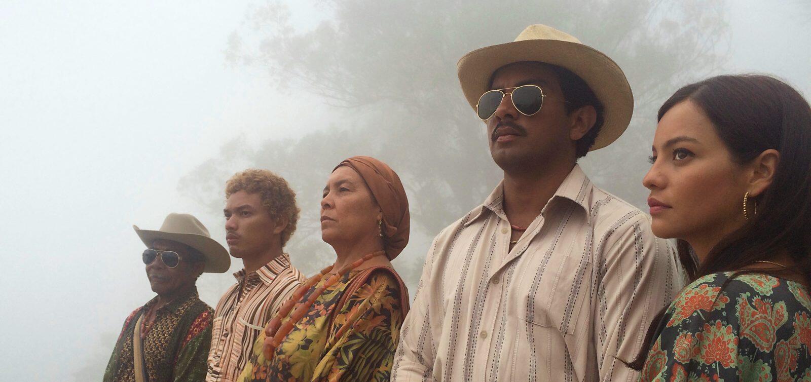 La «famille», qui rappelle un peu la mafia sicilienne : l'oncle «palabrero», le fils, la mère Ursula, le gendre Rafael et Zaïda, la fille.