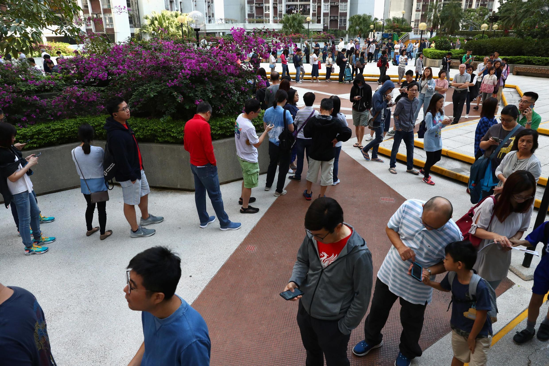Dân Hồng Kông nô nức đi bầu và sẽ giáng cho Bắc Kinh một đòn đau. Ảnh chụp ngày 24/11/2019.