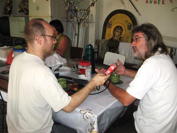 Père Michel Briand au micro d'Achim Lippold.