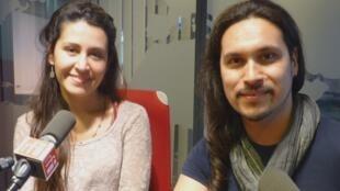 Lorena Souper y Diego Cruz en los estudios de Radio Francia Internacional