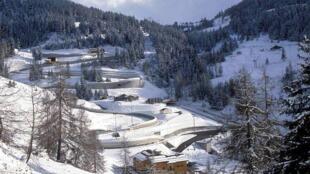 拉普拉捏法国冬奥比赛使用的雪橇场地