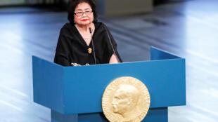 A japonesa Setsuko Thurlow, sobrevivente do bombardeio atômico de Hiroshima, recebeu o Nobel da Paz em nome da Ican.