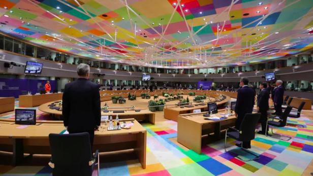Wasu daga cikin shugabannin kungiyar kasashen Turai EU yayin taro a birnin Brussels
