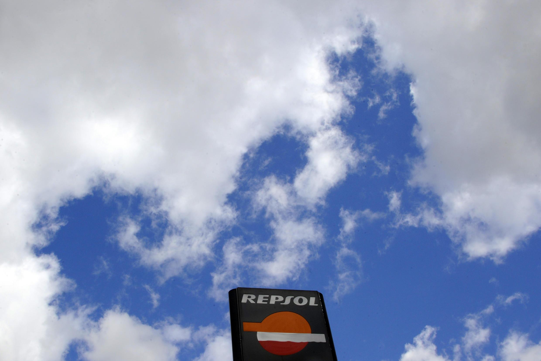 Vue d'une station d'essence Repsol à Madrid.
