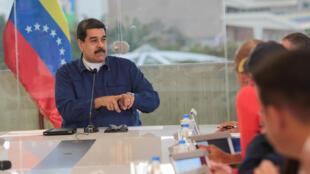 O presidente Nicolas Maduro durante reunião no palácio Miraflores na Venezuela