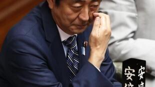 O premiê japonês Shinzo Abe participa de sessão parlamentar nesta quarta-feira, 7 de agosto de 2013.