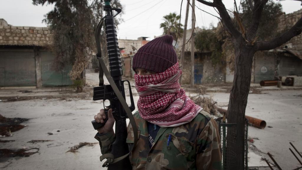 Mwanamgambo wa Turkmen katika mji wa Aleppo mwezi Januari mwaka 2013.