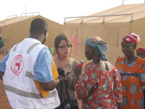 Des réfugiés du camp climat au Burkina Faso victimes de la tempête du 1er septembre 2009.
