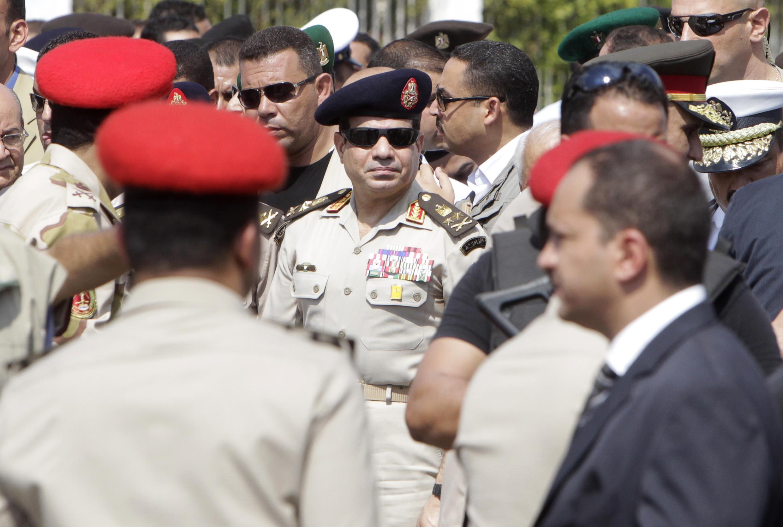 ژنرال عبدالفتاح السیسی، رئیس ستاد نیروهای مسلح وزیر دفاع دولت موقت مصر