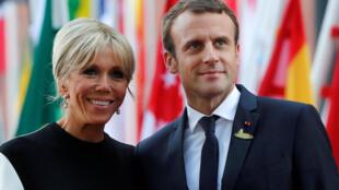 Tổng thống Pháp Emmanuel Macron và đệ nhất phu nhân Brigitte Macron, ngày 07/07/2017, tại thượng đỉnh G20 Hamburg, Đức.