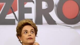 Tổng thống Brazil Dilma Roussef tại Hội nghị y tế ngày 23/03/2016, tại Brazilia. Mục tiêu là diệt trừ virút Zika đến mức zero.