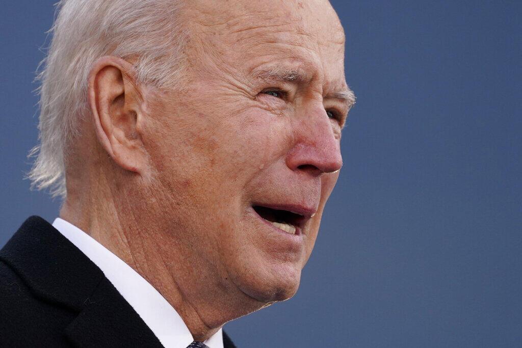 Biden chora ao se despedir do seu estado de Delaware e partir para Washington, antes da posse.