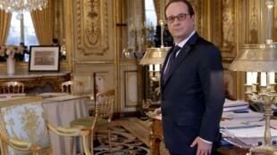 Le président François Hollande, au palais de l'Elysée, le 24 février 2015.