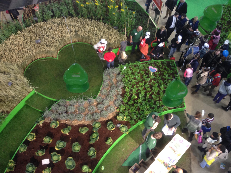 Миниатюрные поля на Сельскохозяйственном салоне в Париже
