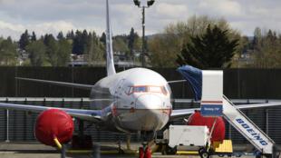Un avión Boeing 737 MAX 9 se observa en la fábrica de Boeing Renton en Renton, Washginton el 20 de abril de 2020