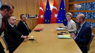2020-03-09T180745Z_1246532029_RC2IGF9QV1BY_RTRMADP_3_SYRIA-SECURITY-TURKEY-EU