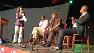 Emmanuelle Bastide et ses invités: De gauche à droite: Mohammed Fall (UNICEF, Bangui), Zephyrin Mogba et René Sylvestre Keteguia.