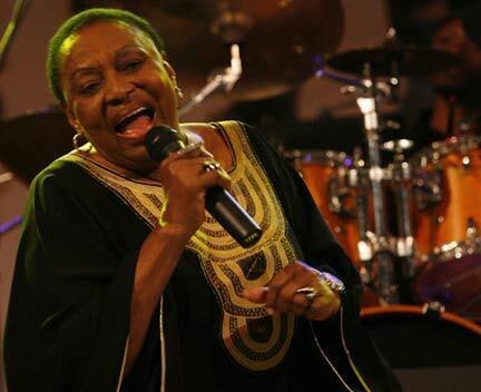 Miriam Makeba sings in the Italian city of Naples