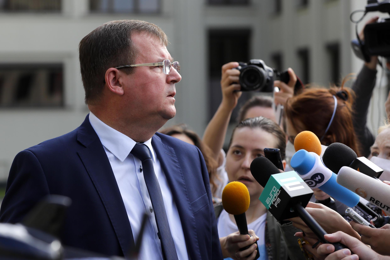 Глава Совбеза Беларуси Андрей Равков на встрече с журналистами в Минске 30 июля 2020