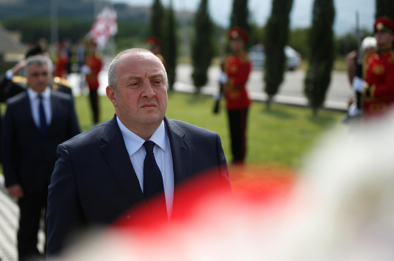 Президент Грузии Георгий Маргвелашвили на траурной церемонии, посвященной 10-летию с начала «пятидневной войны», 8 августа 2018.