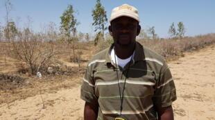 Seydy Mansor Fall, technicien des eaux et forêts, animateur SOS Sahel auprès des communautés villageoises de la région de Kébémer.