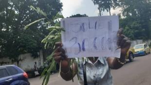 Les familles des militaires ont manifesté ce mardi devant le palais présidentiel à Kinshasa en RDC.