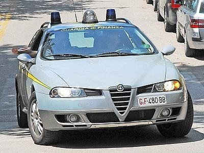 Машина итальянской финансовой полиции