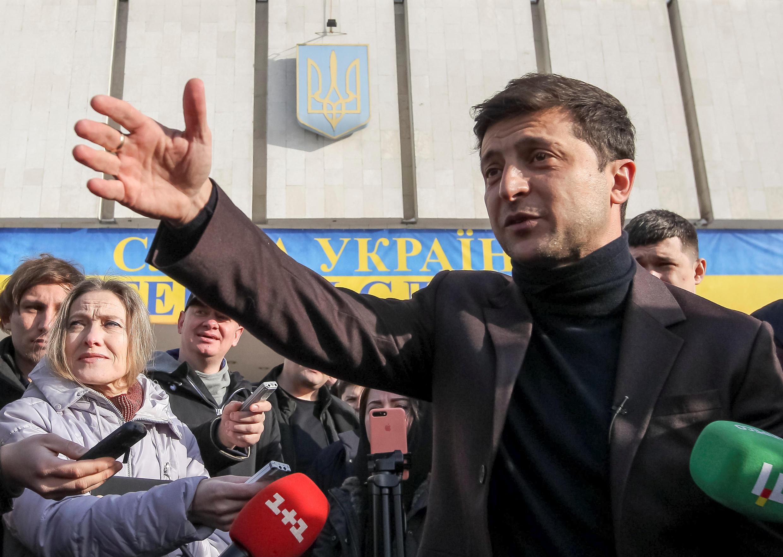Актер Владимир Зеленский предлагает менять Украину в формате «социальной анархии»
