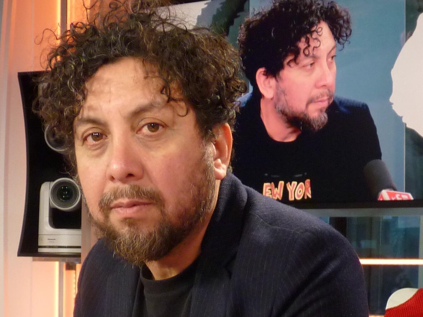 César Delgado Wixan en los estudios de RFI