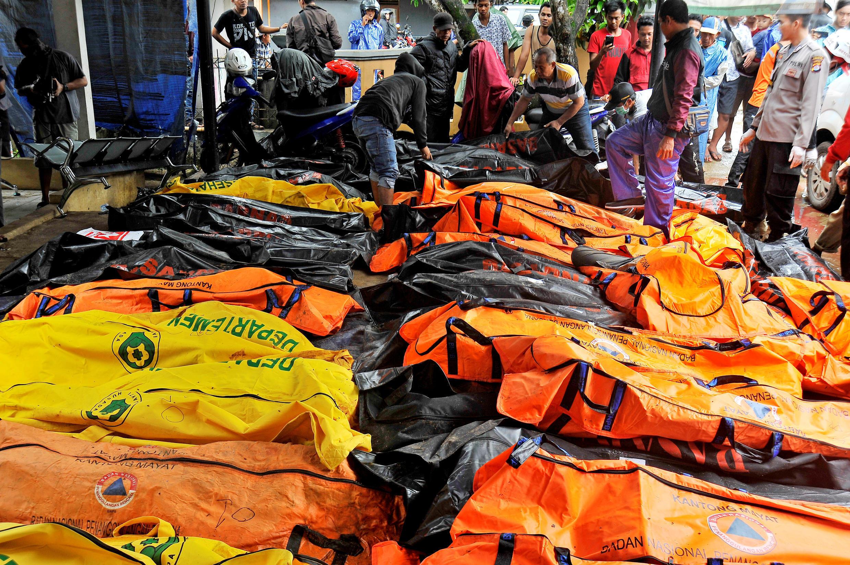 شمار قربانیان سونامی در اندونزی همچنان افزایش می یابد