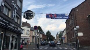 Jeumont, la ville d'origine de Benjamin Pavard, s'est parée aux couleurs du joueur.