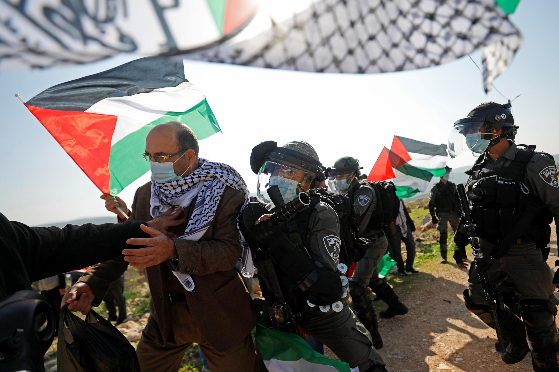 2020-12-03T105911Z_1849706709_RC2MFK96KBQ4_RTRMADP_3_ISRAEL-PALESTINIANS-SETTLEMENTS