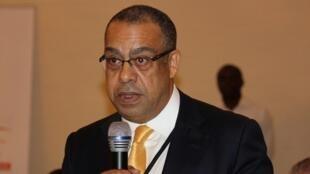 Economista angolano Carlos Rosado