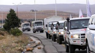Comboios com ajuda humanitária seguiam nesta segunda-feira (11) para cidades do norte da Síria e próximas da fronteira libanesa.