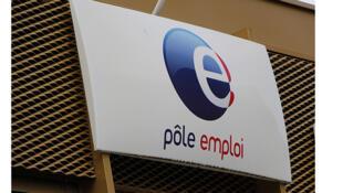 En France, il y aurait encore près d'un million de chômeurs longue durée.
