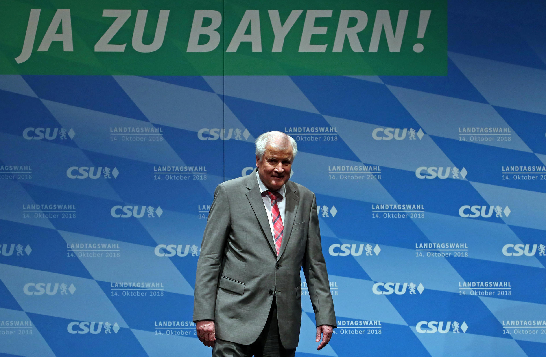 Horst Seehofer, chef du parti bavarois CSU lors d'un rassemblement, le 8 octobre 2018.