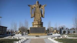 Bức tượng Khổng Tử tại khu nghỉ dưỡng ven biển của ban lãnh đạo cộng sản Trung Quốc - DR