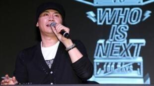 O presidente da gravadora YG, Yang Hyun-suk, nega todas as acusações contra ele.