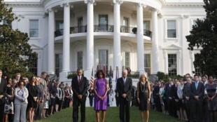 Obama fez nesta quarta-feira um minuto de silêncion em homenagem às vítimas dos atentados de 11/9.