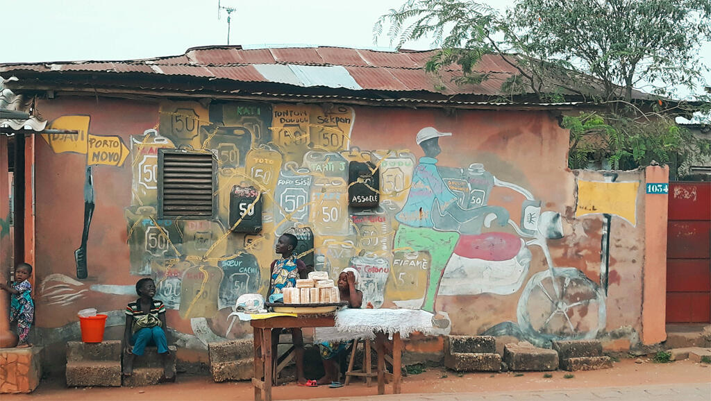 Place vodoun Agonsa honto de Porto-Novo.