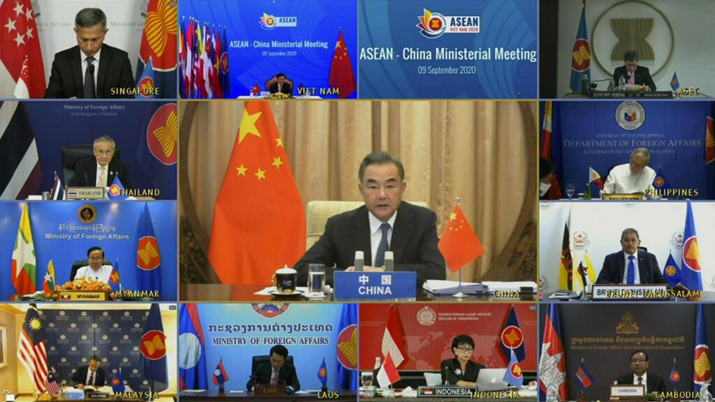 """Biển Đông : Việt Nam, Philippines sẽ bớt """"đơn độc"""" đối đầu với Trung Quốc?"""