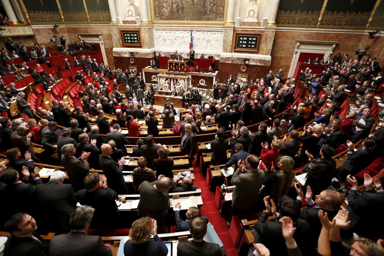 Assembleia francesa aprova moção por reconhecimento do Estado da Palestina.