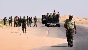 Forças sírias atacam grupo EI na Síria em Deir Ezzor