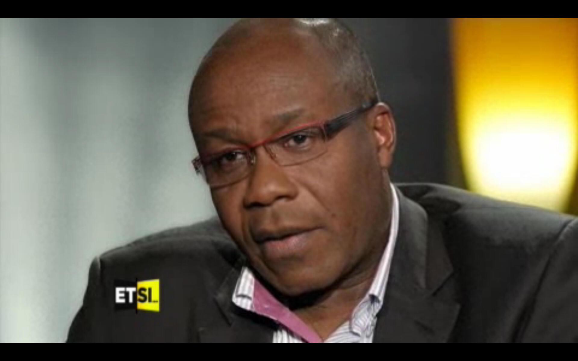 Le journaliste Francis Kpatindé lors de l'émission «Et si vous me disiez toute la vérité» sur TV5Monde.