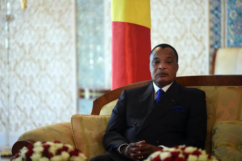 Le président congolais Denis Sassou-Nguesso. Deux ans après la présidentielle de mars 2016, la polémique bat toujours son plein.