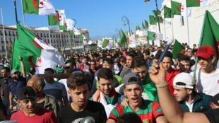 Manifestation contre le gouvernement de transition, à Alger, le 1er novembre 2019.