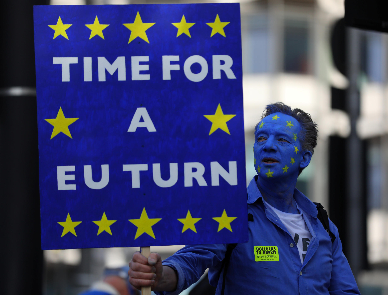 В субботу, 20 октября, в Лондоне прошла демонстрация в защиту нового референдума по Брекзиту.