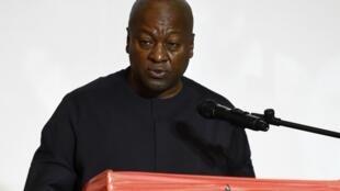 Le candidat d'opposition ghanéen John Dramani Mahama, le 7 décembre 2020.