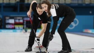 CAS лишил бронзовых олимпийских медалей российских керлингистов Александра Крушельницкого и Анастасию Брызгалову